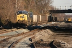 CSX 227 passes extensive trackwork between Halethorpe & St. Denis 